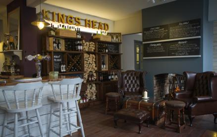 The Kings Head (Wye)-Interior 2