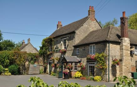 The Boat Inn (Thrupp) -Exterior